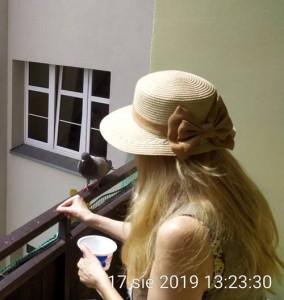balkon-kapelusz1d